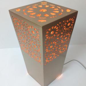 Détails du fichier joint Lampe-colonne-deco-plv-typo-edit-maroc-rabat-marrakech
